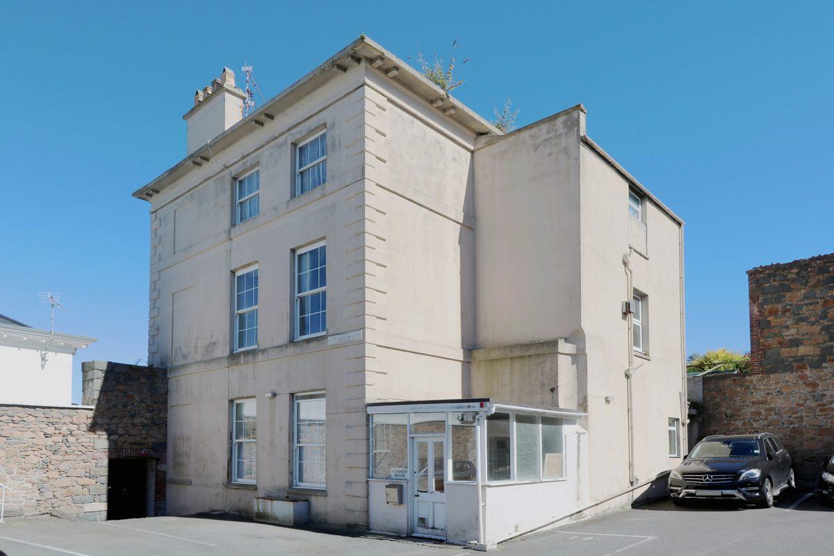 Kingsley House