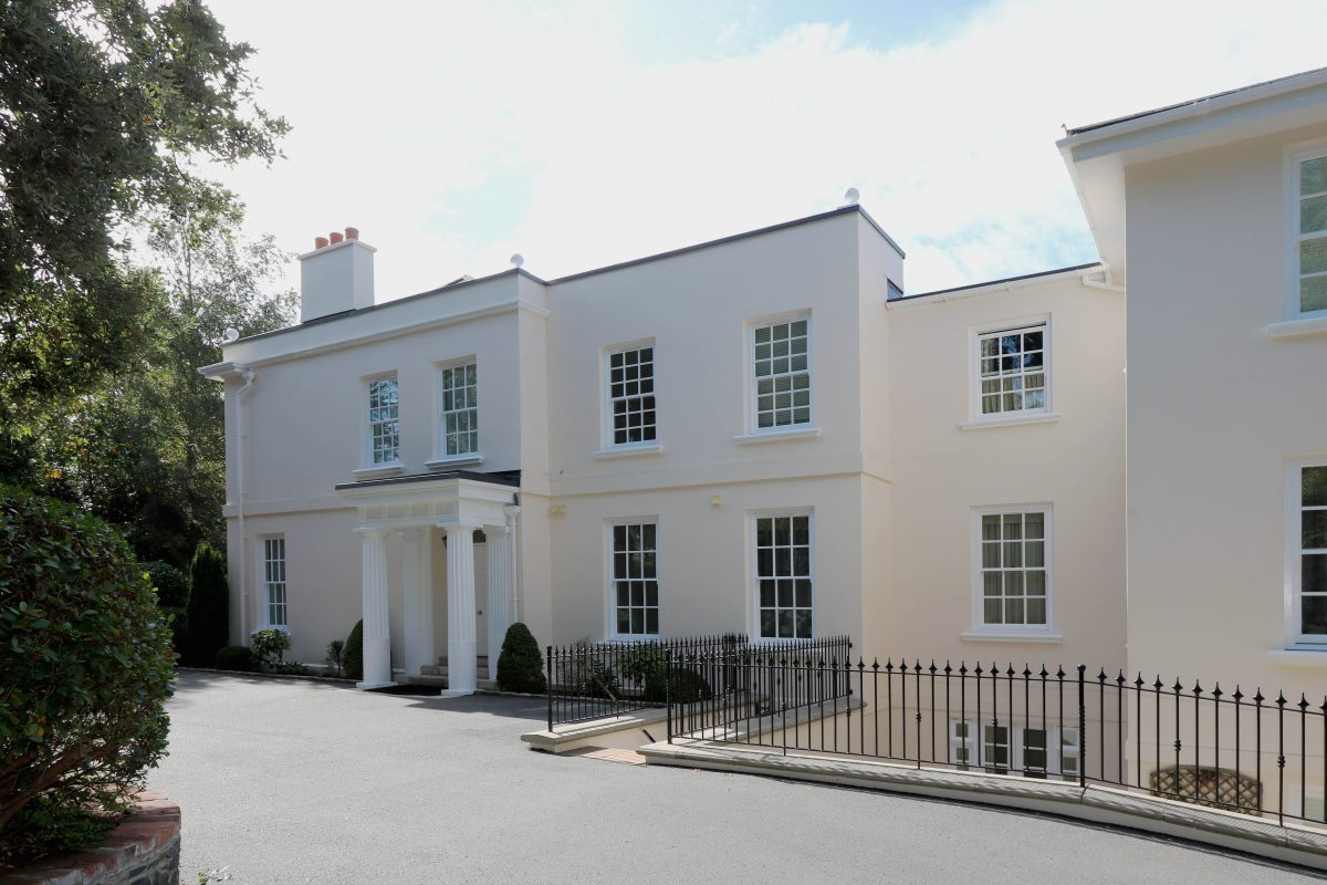 1 Hazely Manor