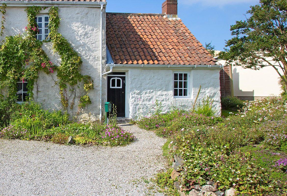 1 Les Blanches Cottage